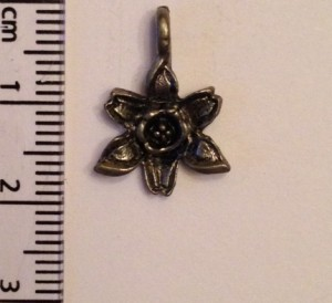Daffodil charm - silver SOLD OUT
