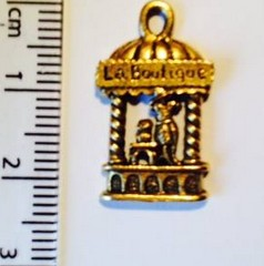 La Boutique charm - gold (31)