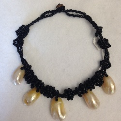 Shell and Bead Necklace (1 only)