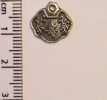 Chinese Symbol 3 charm - silver (25)